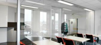 Profielen voor glazen scheidingswanden