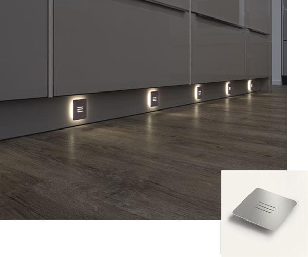 Couloir eclairé avec spot LED